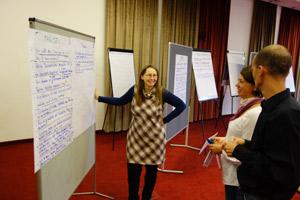 Rita Trattnigg unterstützt den ersten regionalen BürgerInnen-Rat in Kärnten bei der Konzeption, dem Prozessdesign und der erfolgreichen Durchführung.
